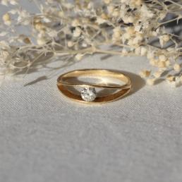 bague or diamant vintage unique 18 carats