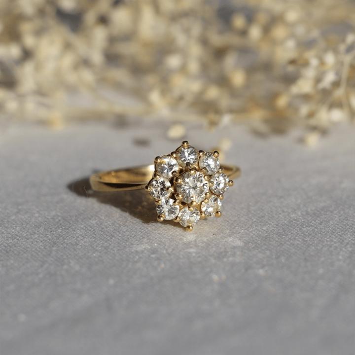 bague vintage diamant or jaune marguerite