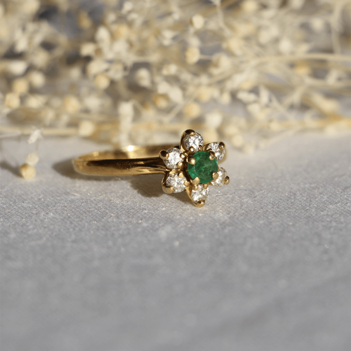 emeraude marguerite diamant bague vintage